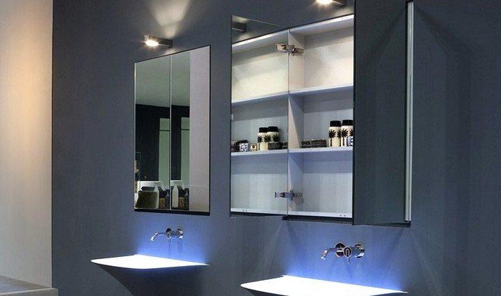 Зеркало-шкаф в ванной комнате